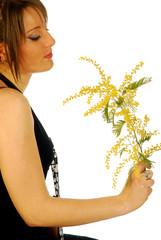 Donna con Mimosa