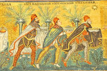 Three Kings and three presents