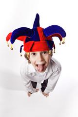 fou folie jeune enfant grimace bouffon guignol carnaval fête d
