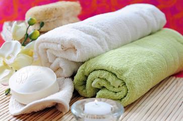 Handtücher und Seife