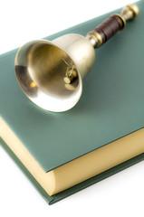 campana e libro