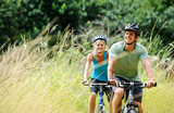 Fototapety mountainbike couple outdoors