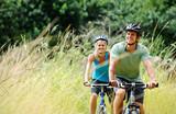 Fototapety mountainbike couple outdoors