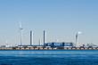 風力発電と火力発電所
