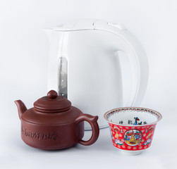 Chinese teapot, cups and kettle
