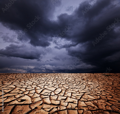 Drought land - 30318972