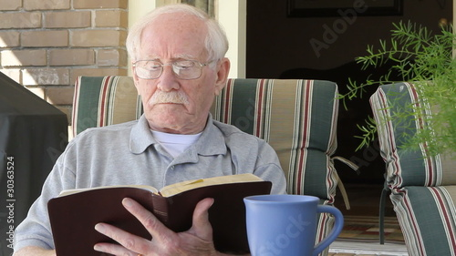 Senior Reads Bible
