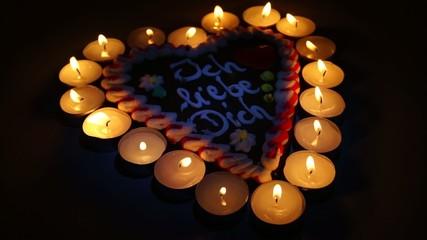 Lebkuchenherz & Kerzen