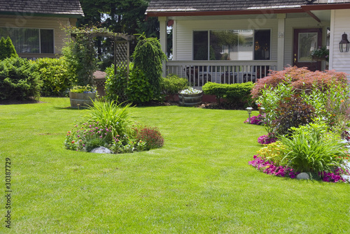 Manicured Spring Summer Home garden