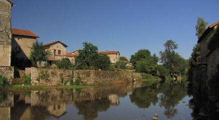 Village de la Rochefoucauld ; Charente, Limousin