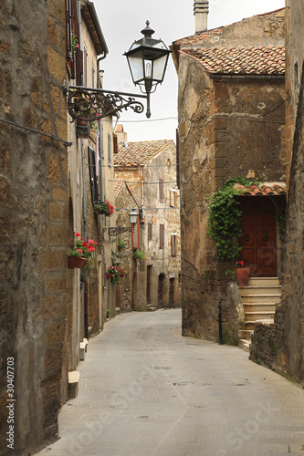 Zdjęcia na płótnie, fototapety na wymiar, obrazy na ścianę : Pitigliano alleys
