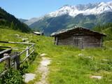 Fototapety uriges Ferienhaus in den Alpen