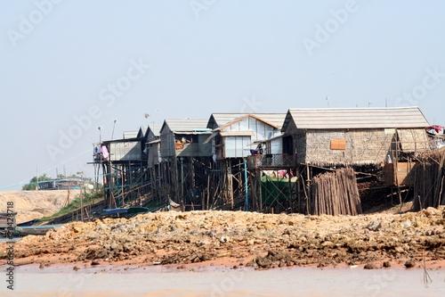 Kambo Stelzenhaus 3