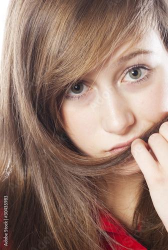 jeune fille timide