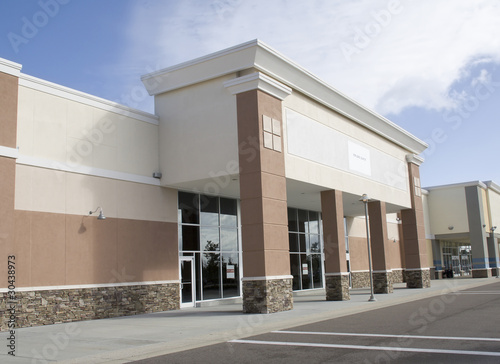 large empty retail store - 30438973