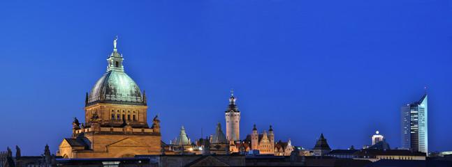 skyline leipzig at night