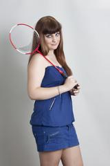Chica con una raqueta