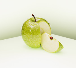 Juicy cut green apple
