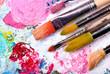 Leinwandbild Motiv Farbpalette mit vielen Pinseln