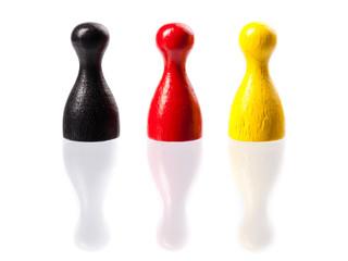 Spielfiguren in Deutschlandfarben