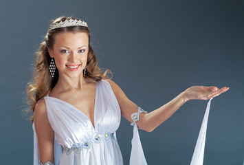 bridein antique style  wedding dress