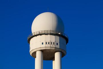 Radarturm - Nahaufnahme