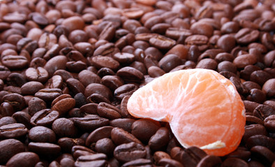 lobule of mandarin on the corns of coffee