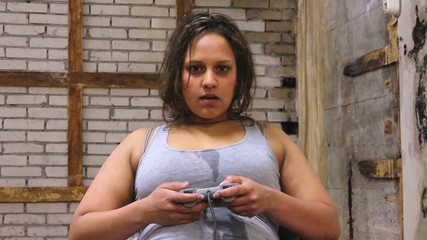 Game addicted woman