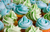 blue and green frosted cupcakes