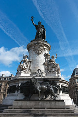 Statue Place de la Republique, Paris 01