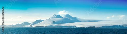 obraz lub plakat Antarctic ice island. Orkney Islands.
