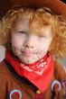 petit garçon déguisé en cowboy