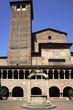 Bologna, chiostro della Basilica di Santo Stefano