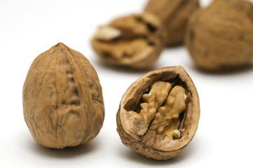 walnut shells cracked