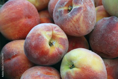 Farmers Markt: Peaches