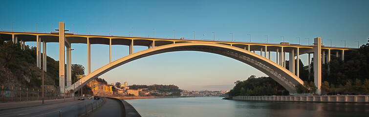 Ponte da Arrabida Bridge
