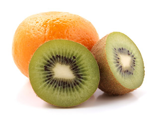 Kiwi fruit and mandarin