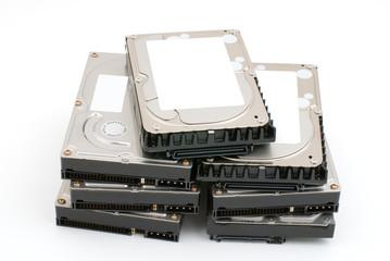 積み上げたハードディスク