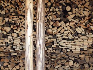 Brennholz im Winter