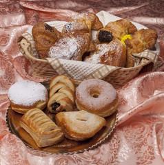 Croissant, paste e bombolone