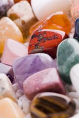 viele verschiedene natursteine
