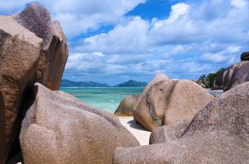 blocs granitiques aux Seychelles