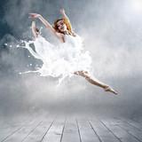 Fototapeta balet - tancerz - Bieg / Skok