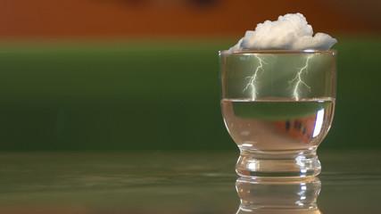 Una tempesta in un bicchier d'acqua