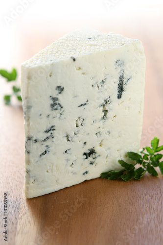 blue crumpl cheese