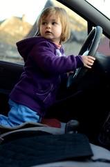 enfant et voiture