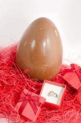 uova di pasqua con sorpresa
