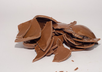 cioccolato a latte in pezzi