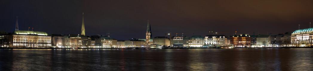 Night panorama of the Hamburg center from the lake Binnenalster