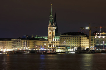 Night view of the Hamburg City Hall from the lake Binnenalster